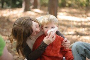 Аллергический насморк (ринит), аллергический конъюнктивит у детей, симптомы, причины, лечение