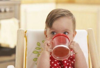 Чем, как и когда поить малыша