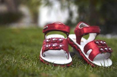 Детская обувь (детская ортопедическая обувь)