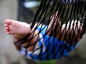 Детская стопа (развитие, рефлексы, свод стопы ребенка)
