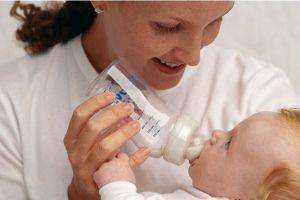 Mateřské mléko a dětská výživa