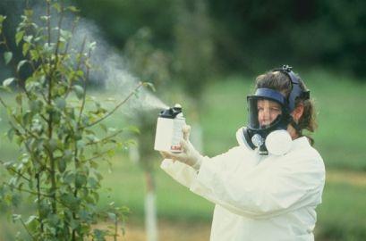 Хемиски средства за борба против штетници и болести