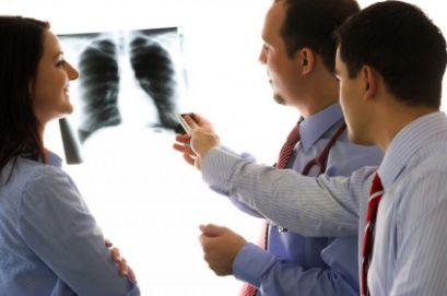 Kronična intersticijska pljučnica in pljučna fibroza, zdravljenje, simptomi, vzroki