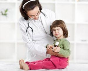 Изжога у детей, что делать, причины, лечение, симптомы