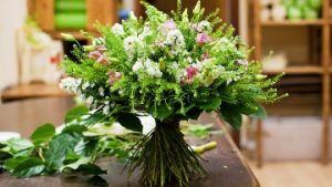 Како да се продолжи животот на цвеќиња