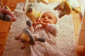 Как растет и развивается малыш в первые три месяца