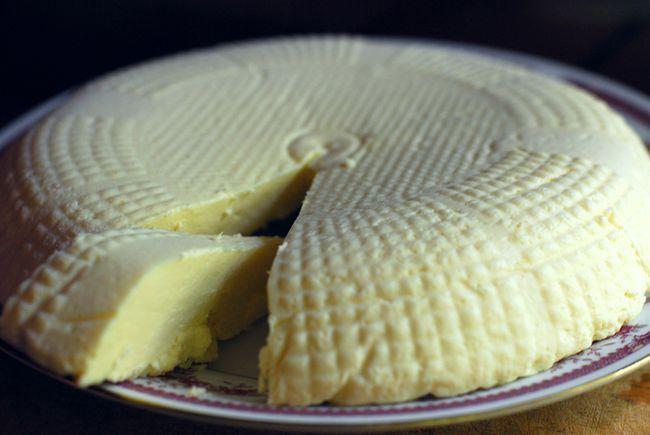 Адыгейский сыр при панкреатите