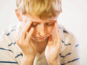 Лечение головной боли у детей народными средствами
