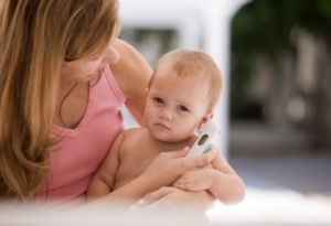 Методы снижения температуры тела в домашних условиях у детей, как снизить быстро высокую температуру