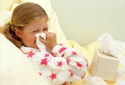 Насморк у ребенка, симптомы, причины, лечение, чем опасен и как лечить