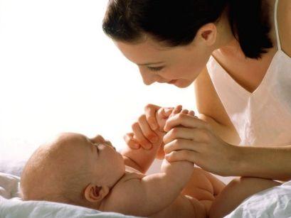 Основи на згрижување на деца од четири до седум месеци