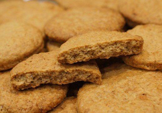 Овсяное печенье и пряники при панкреатите, какие можно?