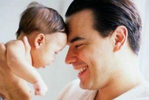 Папа на родах, первый контакт с ребенком
