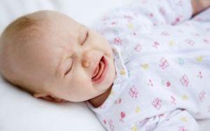 Почему ребенок часто просыпается ночью и плачет