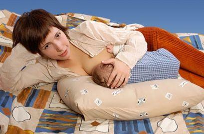 Позы для кормления новорожденного ребенка грудью