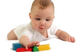 Развитие ребенка от 1-го и 7 месяцев до 1 года и 9 месяцев: двигательные навыки, творчество, речевое, эмоциональное развитие, игры
