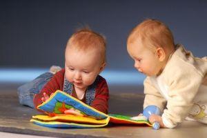 Развитие ребенка от 2 лет до 2,5 года: двигательные навыки, творчество, речевое, эмоциональное развитие, игры