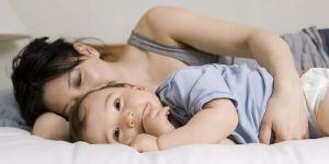 Ребенок часто просыпается каждую ночью