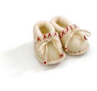 Детская обувь для грудничка. Критерии выбора обуви детям до года