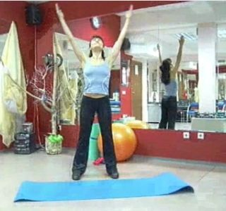 Гимнастика для беременных первый триместр видео. Перед тем как приступить к занятиям, обязательно проконсультируйтесь с врачом.
