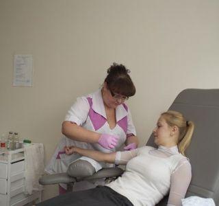 Можно ли определить внематочную беременность тестом на беременность. Внематочная беременность основные признаки