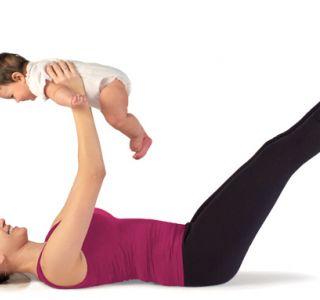 Още в следродовия период акушерки или експерти да ви покаже колко лесно упражнения можете да направите за разумно подкрепи процеса на възстановяване.
