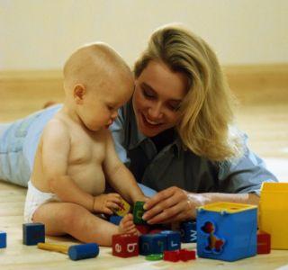 Зачем нужны развивающие игры? Как помогают игрушки развиваться малышу? Как игры влияют на развитие детей?