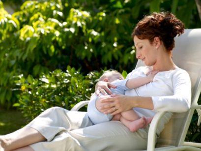 Прашања кои се појавуваат на младите мајки