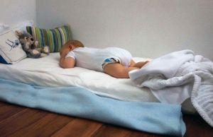 Зона для сна новорожденного ребенка
